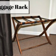 Warm Welcome – Tip #1: Luggage Rack