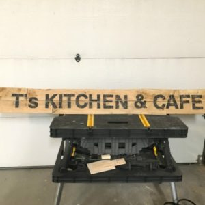 How to Make a Large Pallet Sign