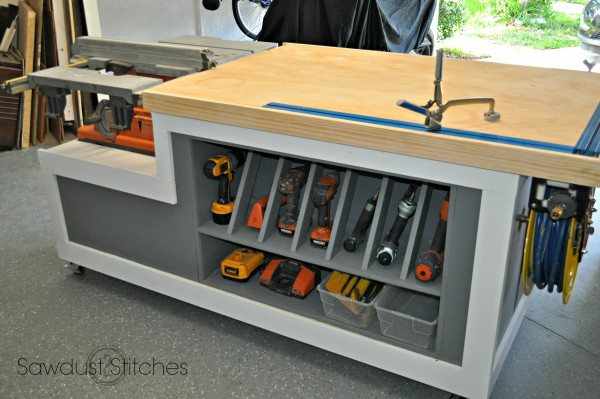 A superb selection of 10 DIY Garage Workbench projects to help you design and build the perfect workbench for your garage space.