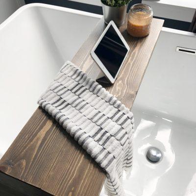 Super Simple DIY Bathtub Tray