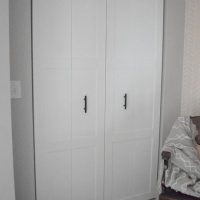 DIY Modern Bifold Closet Door Makeover